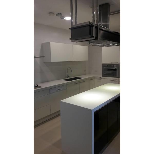 裝潢屋廚房清潔-陽光家園清潔團隊-台中