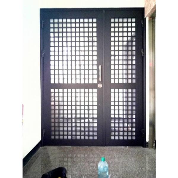 防盜安全門-台南楓晟鋁門窗-楓晟鋁門窗行-台南