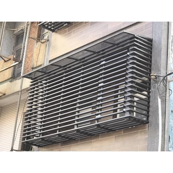 陽台防盜窗