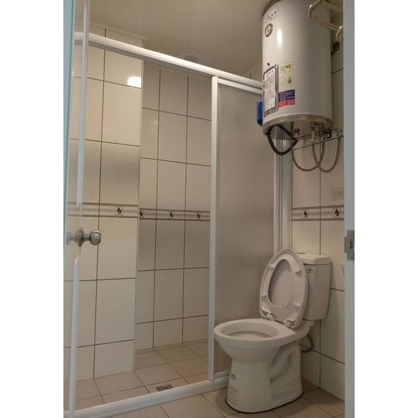 浴室整修-根泰室內裝修有限公司-台中