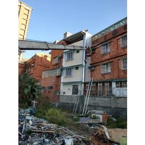 頂樓加建&牆壁封不銹鋼板&後白鐵窗及雨遮1