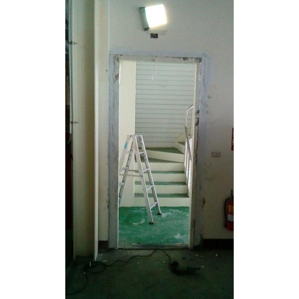 加裝中-門框&門扇-久順金屬工程-嘉義
