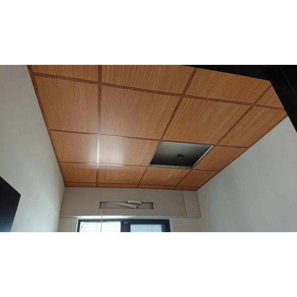 木紋天花板