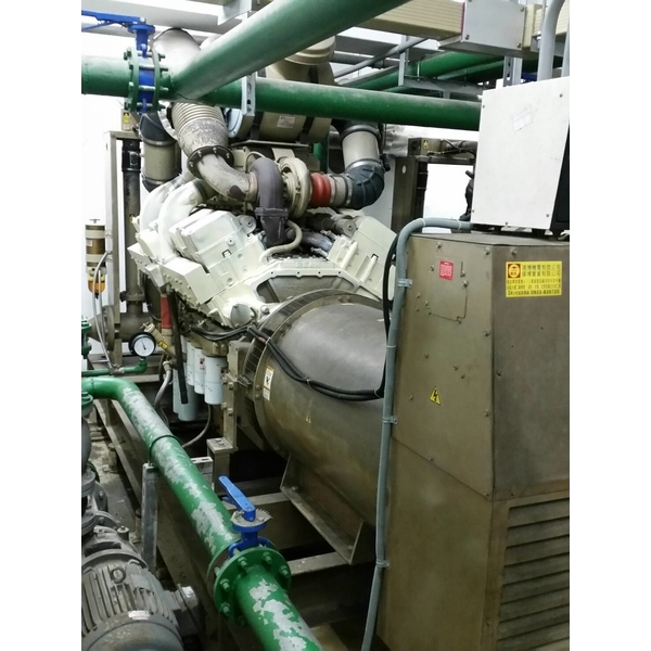800KW二台發電機及並聯盤大保養