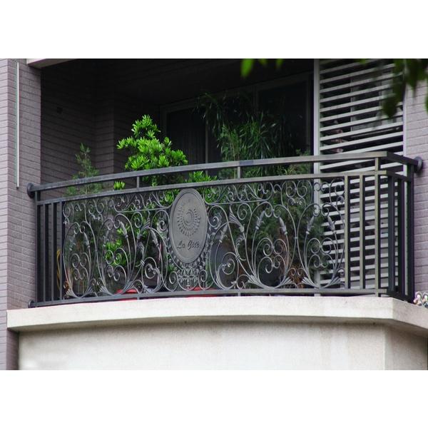 陽台欄杆-德義欄杆有限公司-台中