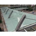 鋁包板玻璃欄杆-新府路段-新板特區空橋實景
