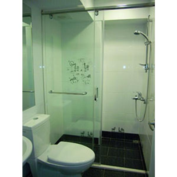 一字型無框橫拉淋浴門 S1-010