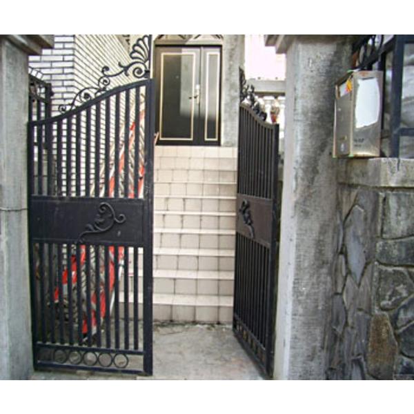 鍛造中庭小門 F2-006