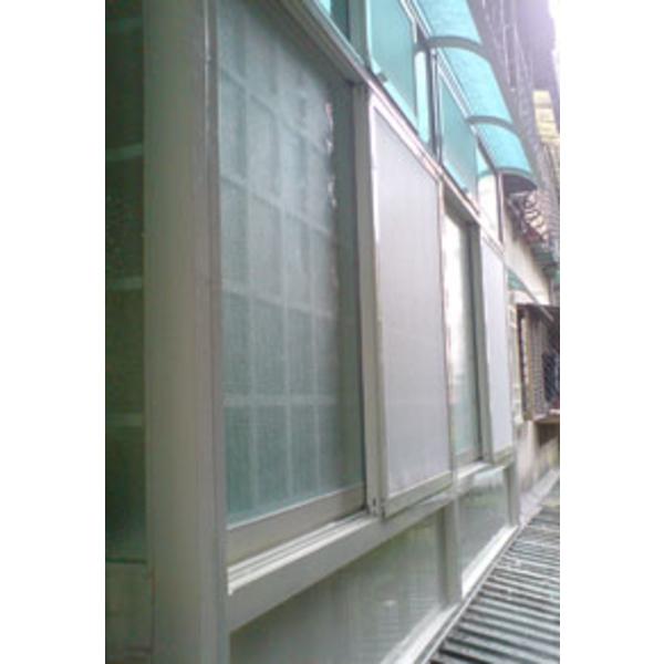 氣密格子凸窗+儲藏櫃 W1-002