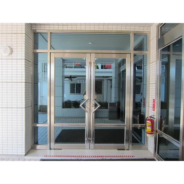 金屬門窗工程