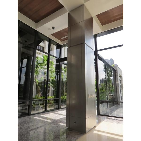 不銹鋼鍍鈦亂紋包柱2-鉅鈦金屬有限公司-台北