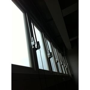 下倒式排煙窗