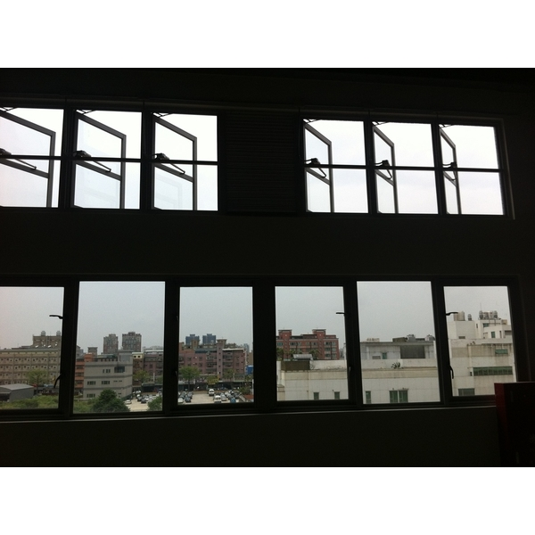 側開式排煙窗-立丞鋼鋁有限公司-桃園