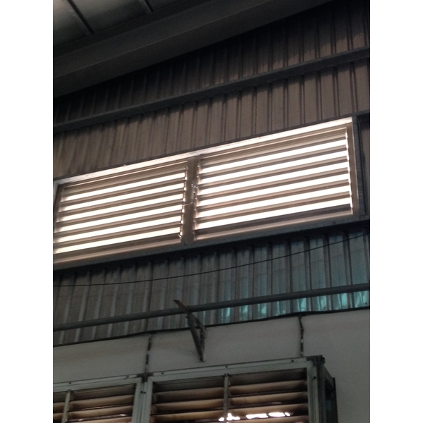 電動百葉排煙窗-立丞鋼鋁有限公司-桃園
