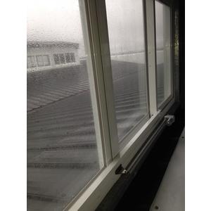 橫拉式排煙窗1