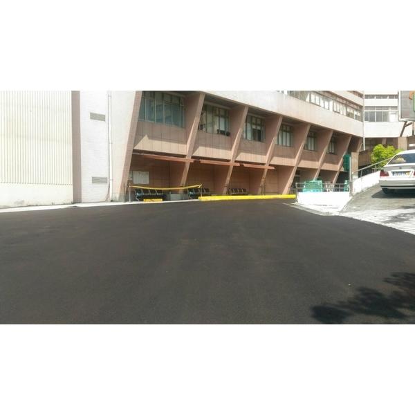 陽明醫院路口車道-龍泰土木包工業-新北