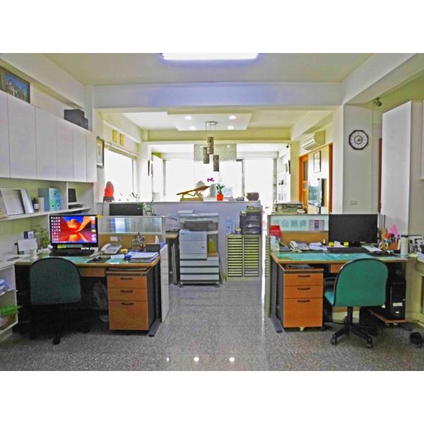 辦公室設計-12-一揚設計企業有限公司-台中