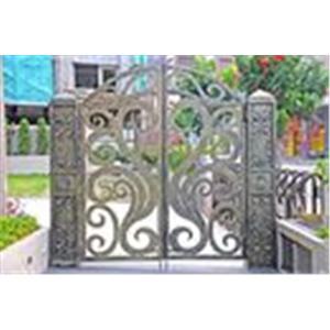 現代鋼鋁門窗-鍛造大門