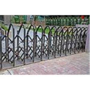 現代鋼鋁門窗-伸縮大門