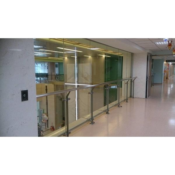 玻璃欄杆1-尚格金屬有限公司-新北