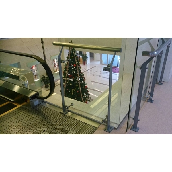 玻璃欄杆2-尚格金屬有限公司-新北