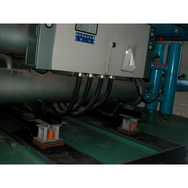 避震器更換處理-欣長鴻企業有限公司-新北