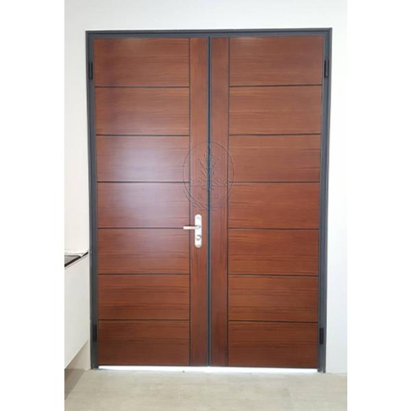 夾板鋼製門