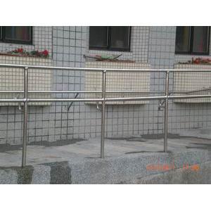 基隆市中正國小扶手欄杆