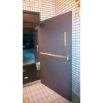 安全梯門扇及五金檢修-1