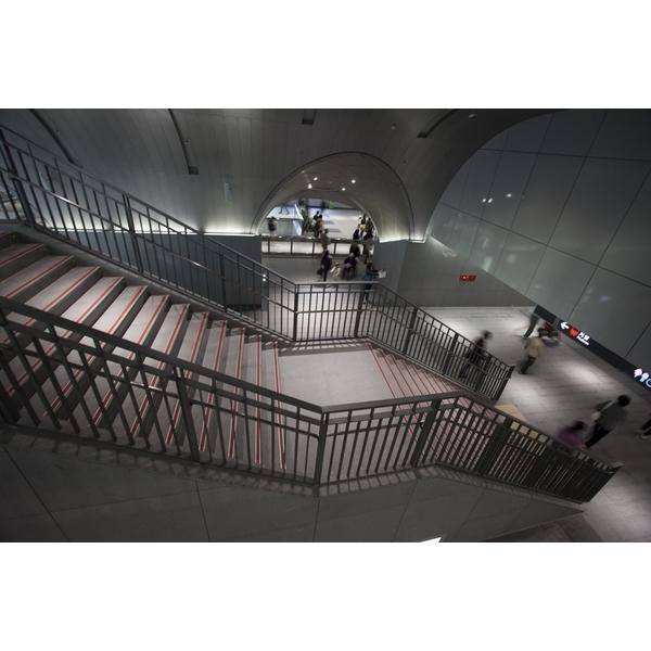 捷運大安森林站-室內扶手欄杆-承暉精品有限公司-新北