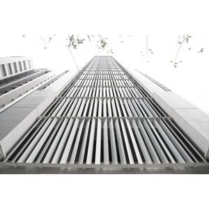 謙量-金屬垂直格柵-1
