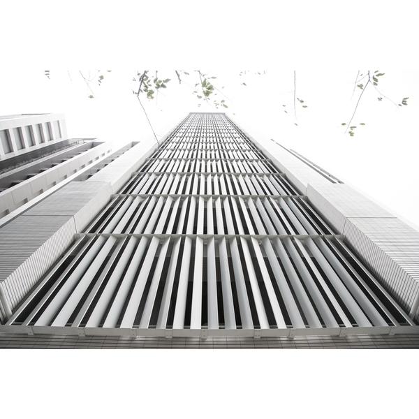 謙量-金屬垂直格柵-1-承暉精品有限公司-新北