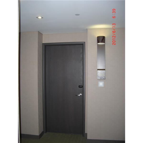 蘆洲成旅飯店客房門(1)