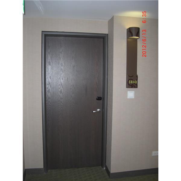蘆洲成旅飯店客房門(2)