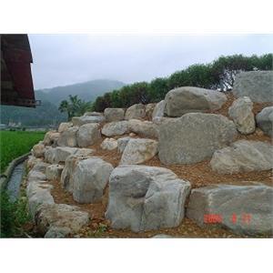 邊坡石材檔土牆