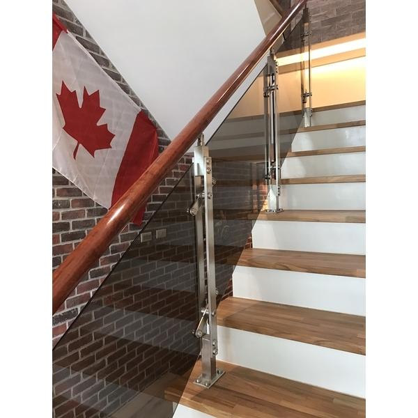 樓梯扶手-雅固婷金屬建材有限公司-新北